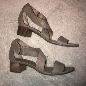 {Naturalizer} Sandals
